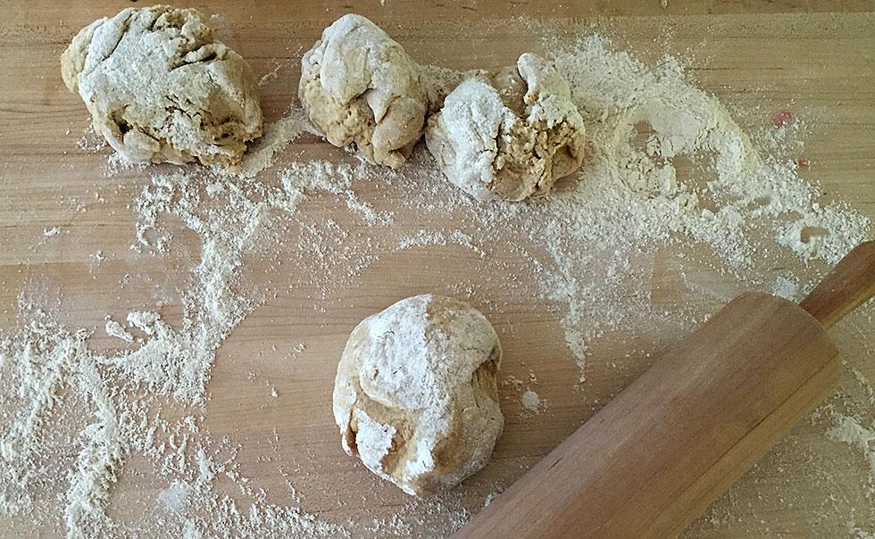 hyatt-family-eats-homemade-pizza-dough