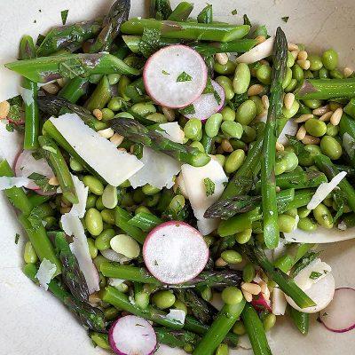 Hyatt Training healthy recipes for spring: Asparagus edamame salad